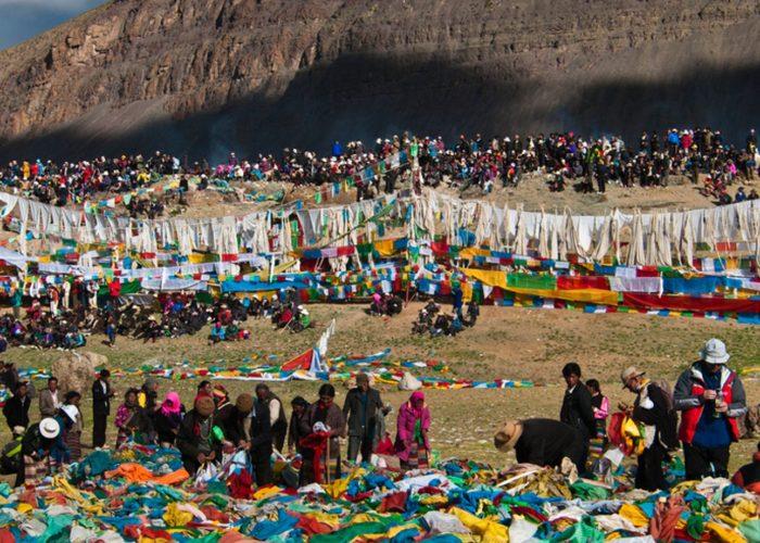 tibet-saga-dawa-festival